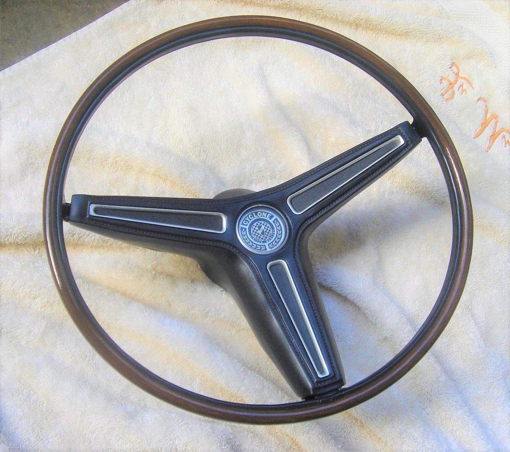 1970 Torino rim blow steering wheel