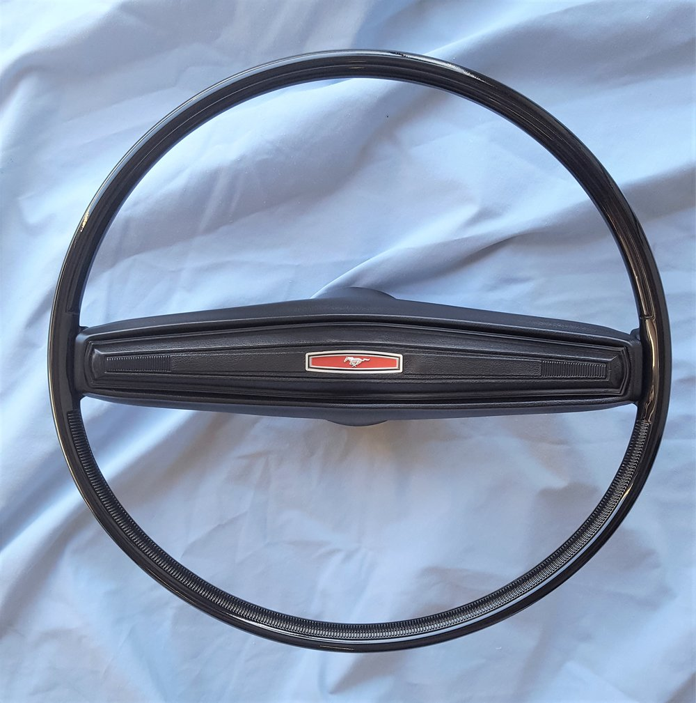 1970 Mustang 2 spoke steering wheel