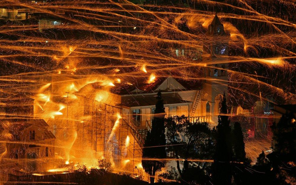 holysaturday0715-firework-battles.jpg