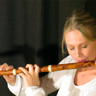 LAURE STEHLIN FLUTE & PERCUSSION →
