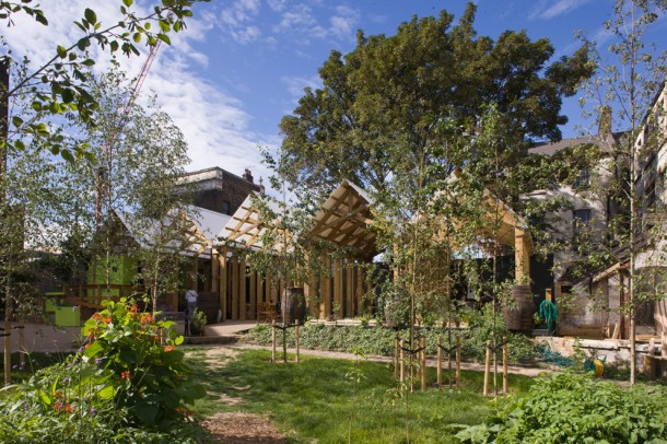 Photo: Dalston Eastern Curve Garden (credit http://dalstongarden.org/about-2/visiting-the-garden/)