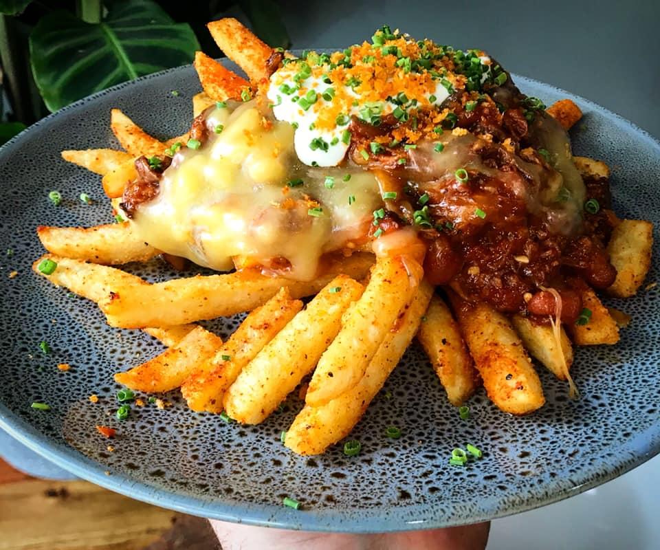 chilli cheese fries.jpg