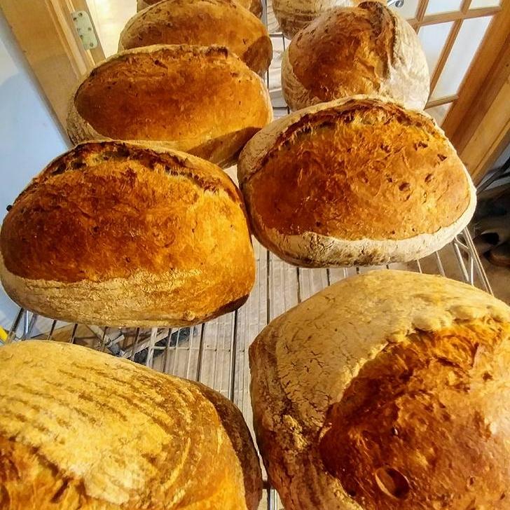Lots o bread03600069715262_3683971927142937173_n.jpg