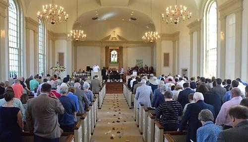 church congregation.jpg