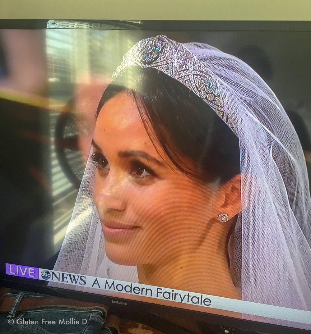 I literally can't even. Her tiara! Yes, I snapped a photo of the TV. 😬