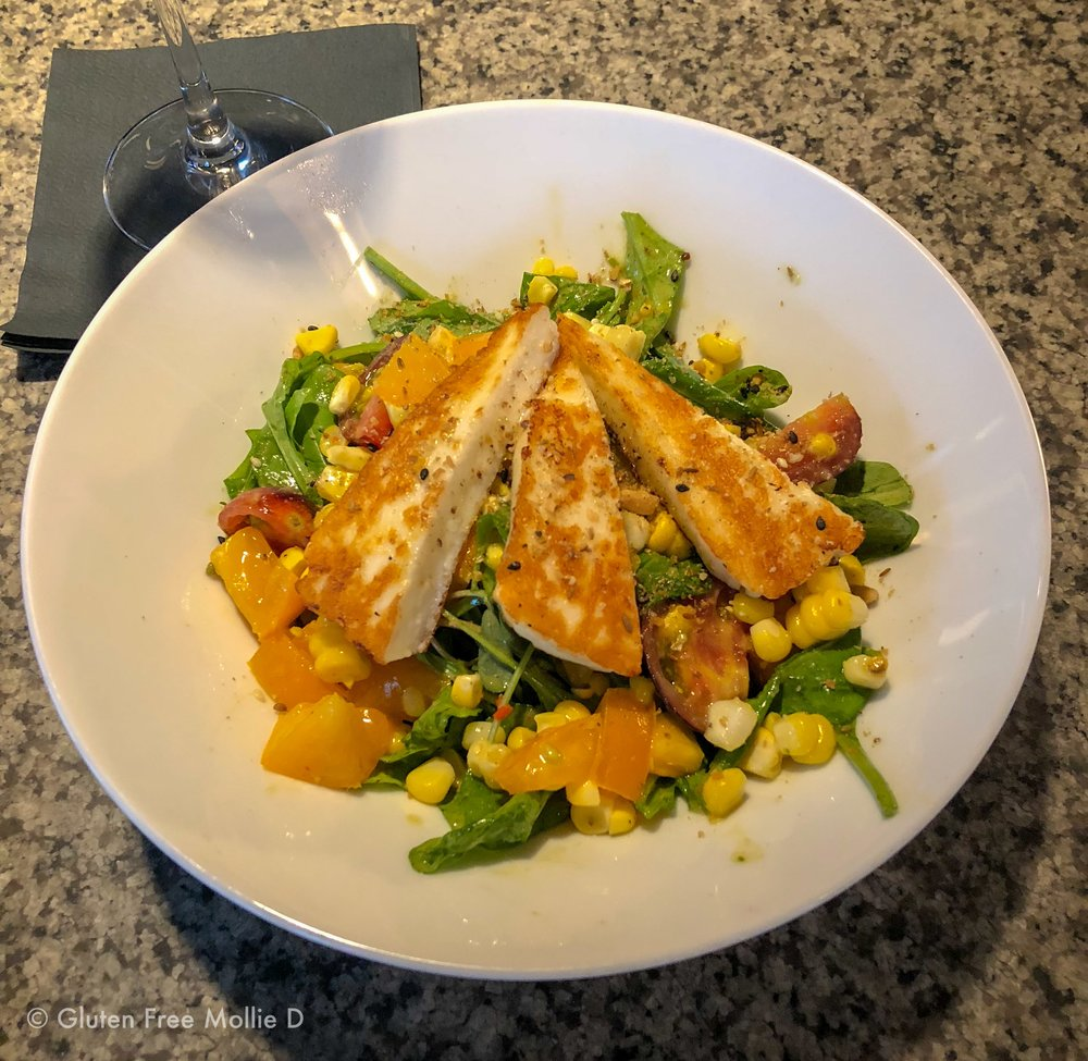 My goodbye-summer salad with tomatoes, corn, and grilled halloumi (yum!).