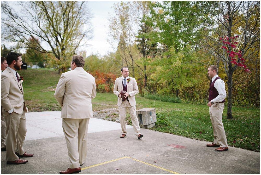 Oak Ridge Country Club Fall Minnesota Wedding
