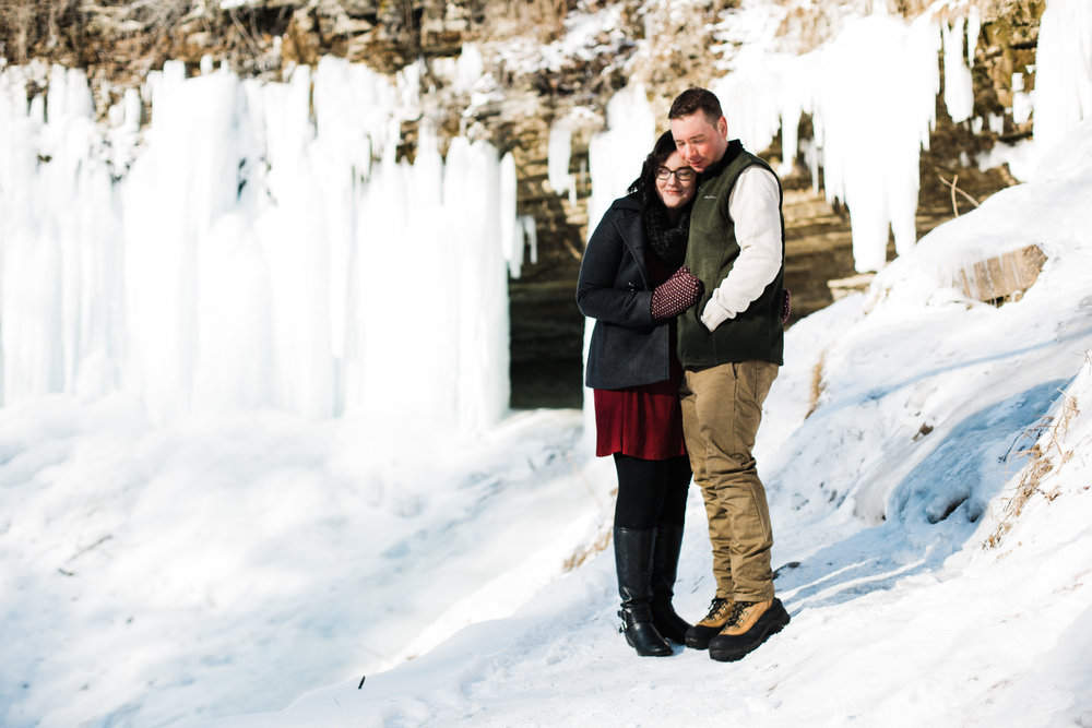 Lauren Baker Photography tricks to stay warm at winter photo sessions
