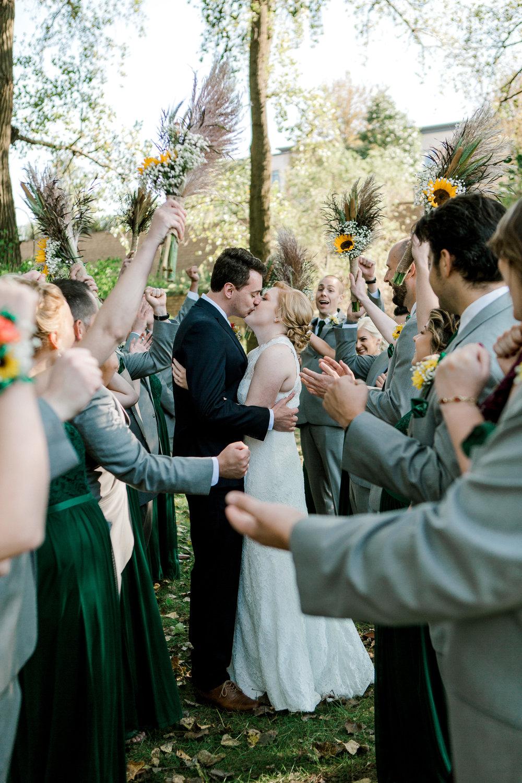 Lauren Baker Photography affordable wedding photography Minnesota  photographer