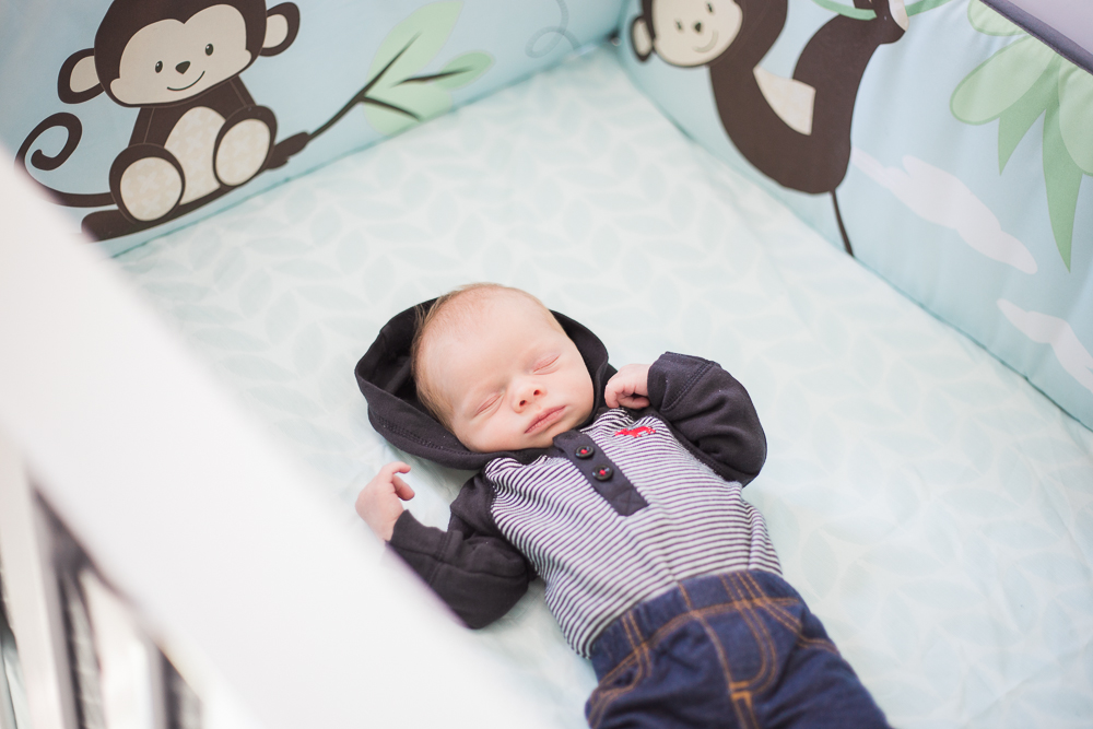 in home newborn photography in barrie