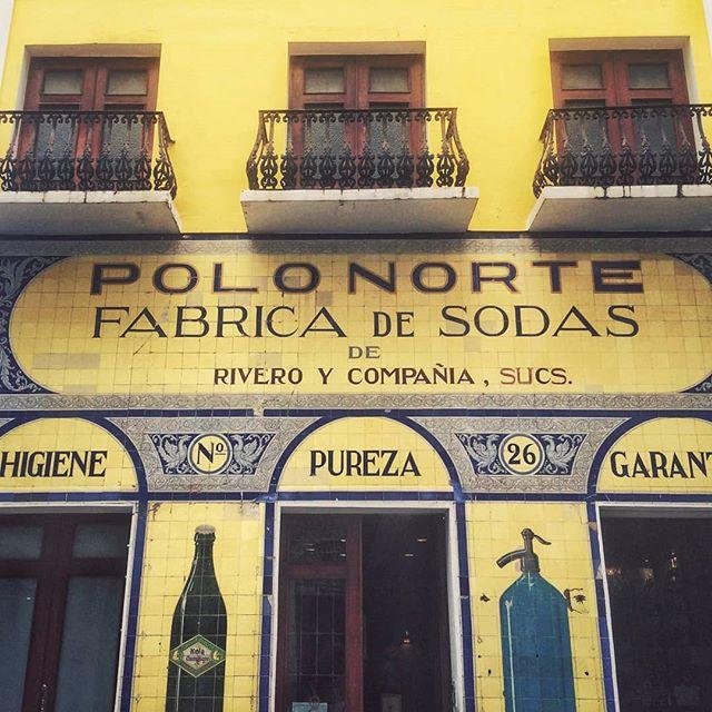 Polo Norte, Puerto Rico . . . . . #yellow #color #colorphotography #colorlover  #colorhunters #puertorico #oldsanjuan #fabricadesodas #pureza