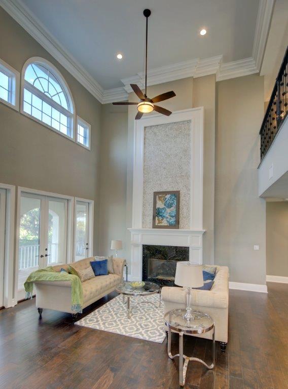 021_Living Room.jpg