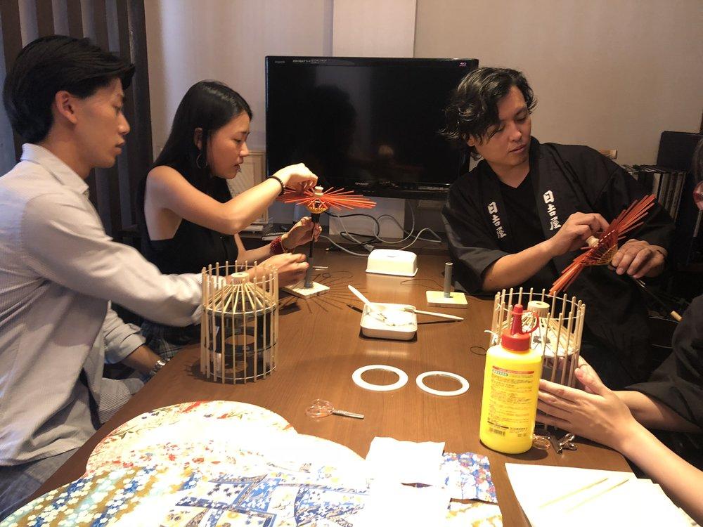 deeperjapan_kyoto_wagasa_customer_02.jpg