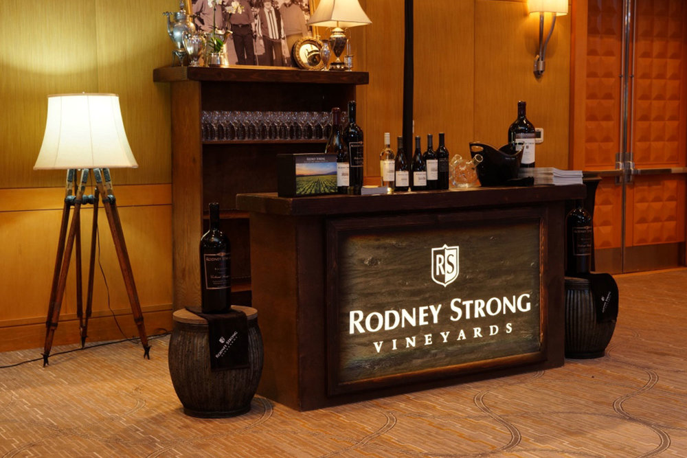 toast-rodney-strong-vineyards-bar-event-planning-10twelve.jpg