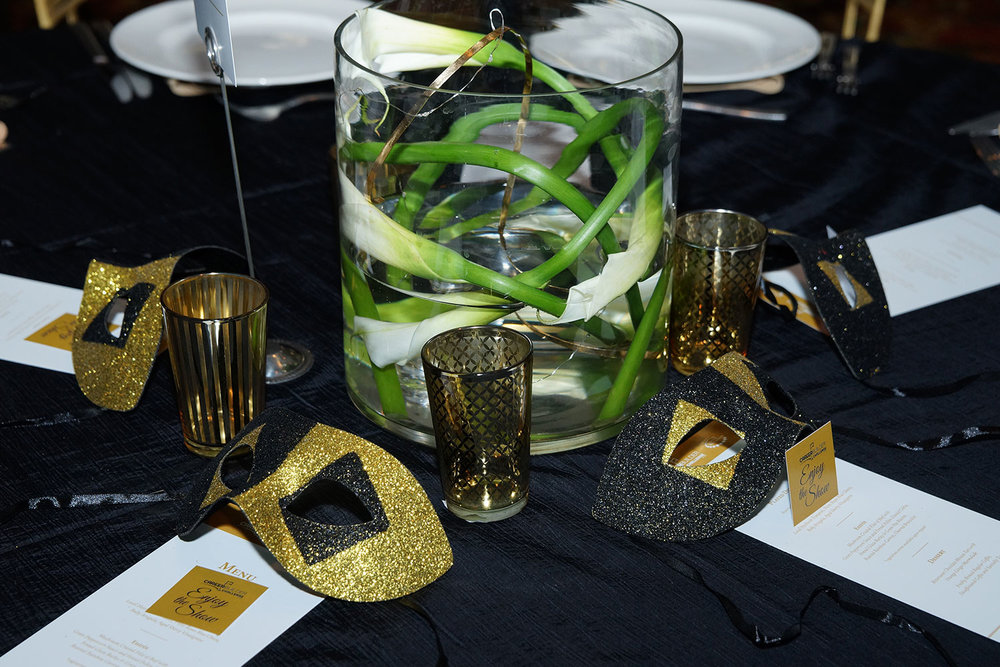 toast-table-setting-center-piece-events-10twelve.jpg