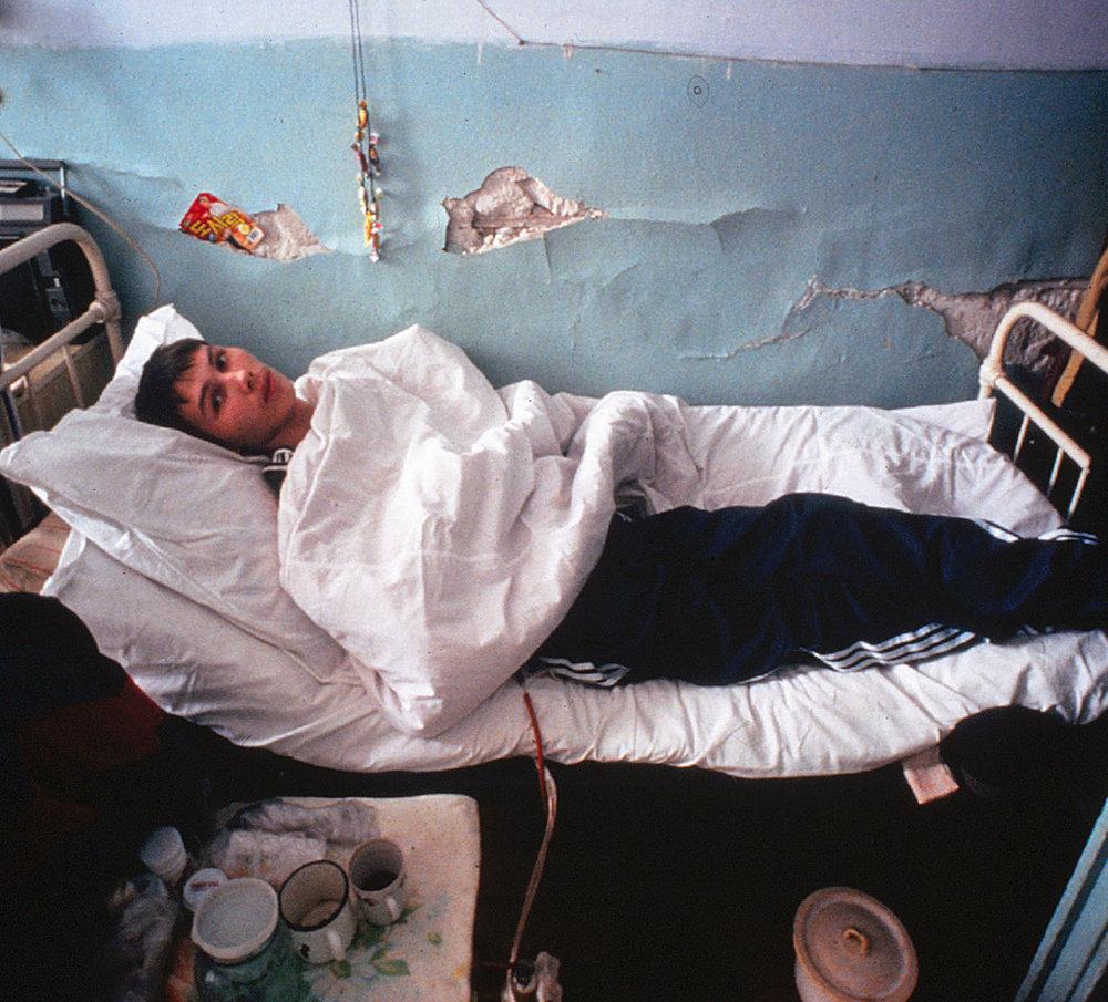 Dying-of-TB-in-Ingusetia,-then-in-Georgia--1994--Florescu-(deleted-4db21487-6ea780-b5d4b101).jpg