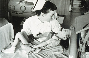 Crying-with-polio (deleted 4e314e7d-76ab-cf19ad6e).jpg