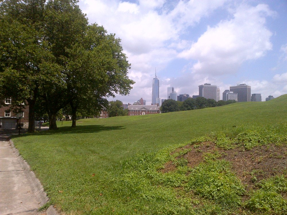 Freedom Tower as seen from Governos Island.2013.jpg