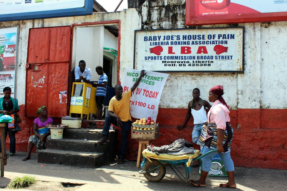 Baby Joes House of Pain, Monrovia - note everybody is social distancing.JPG