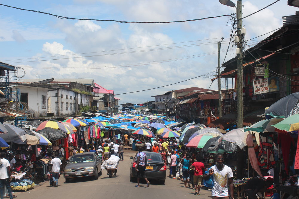 Even in crowded shopping areas Liberians tried not to get in contact with one another during the epidemic.JPG
