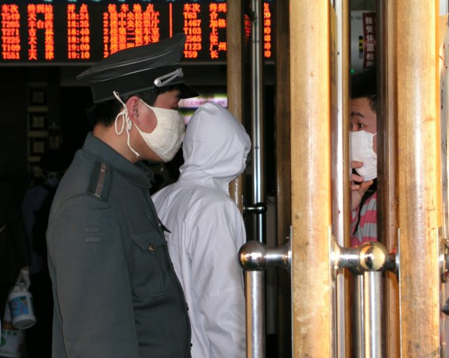 Eventually authorities stopped people fleeing Beijing if they had fevers or symptoms of SARS.1 .jpg