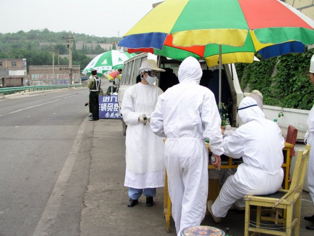 From Shanxi to Hubei to Beijing I saw the epidemic stopped by setting up fever stations, and forcing everybody who had a temp to go to a fever hospital.40.jpg