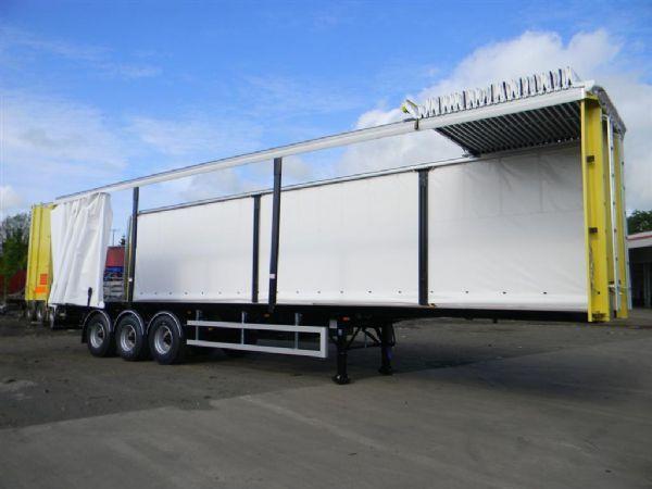 Pressukapelliperävaunuja on saatavissa useina eri tyyppisinä;