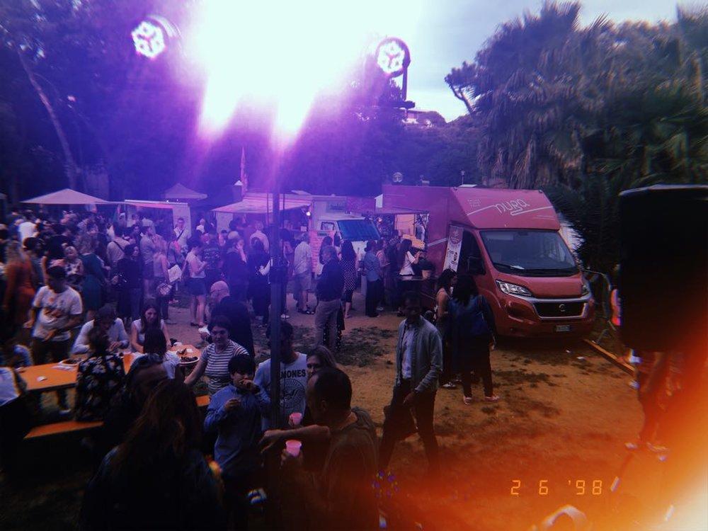 NURA CIBO INDIANO FOO TRUCK STREET FOOD INDINA FOOD FLORENCE FIRENZE.jpg