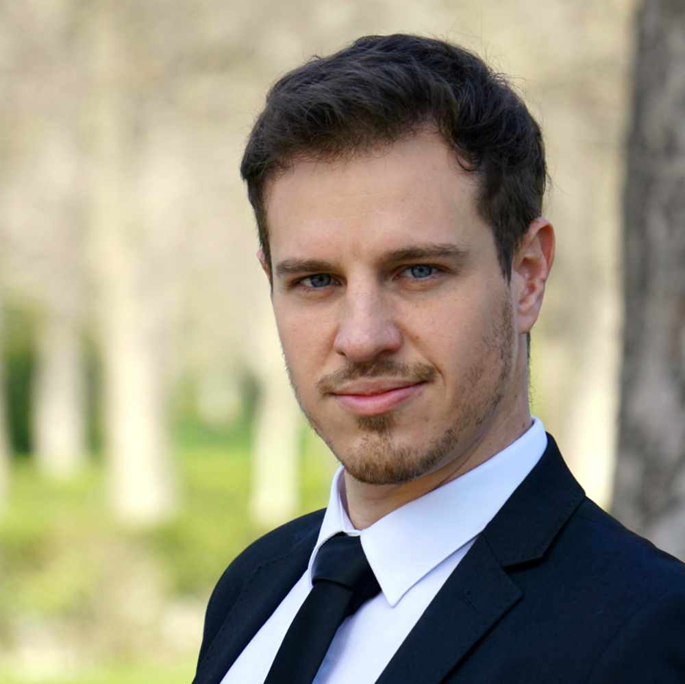 BIOGRAPHY - Argentinian-Italian tenor Emmanuel Faraldo is establishing an exciting career, centred in Europe. This season's appearances include Arbace in Mozart's Idomeneo, with Gregory Kunde in the title-role at Palau de Les Arts in Valencia and Ernesto in Don Pasquale at Opera de Tenerife. This summer, he will make his debut at the Festival Rossiniano di Pesaro as Libenskof in Il Viaggio a Reims and next season he will be singing the main-role in Le Châtelet's production of Le Chanteur de Mexico at Teatro de la Zarzuela in Madrid.Full biographies are available in: ENRepertoire: 18/19