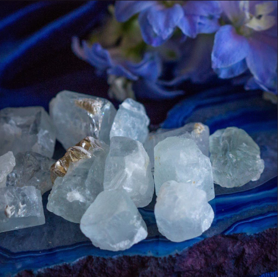 Crystals meaning crystals and stones crystal healing crystals for beginners how to use crystals crystal magic chakras throat chakra root chakra energy spirituality spiritual aquamarine natural aquamarine life purpose