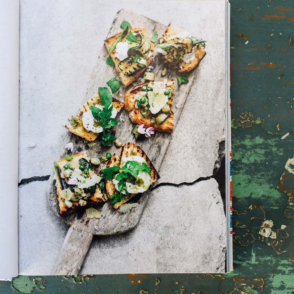 el-portalon-eivissa-cookbook-inner-page.jpg
