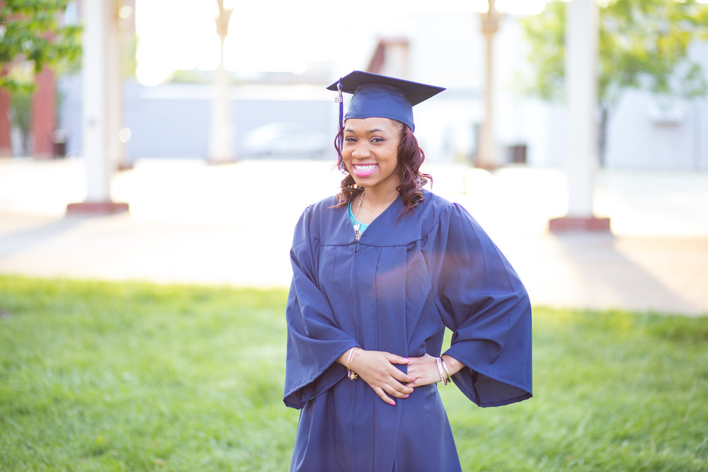1LightCreative_201505_Chante_Senior_17.jpg