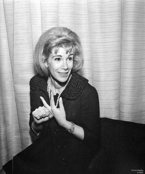 file under / friday blues for those of you who were up late watching E and mourning the loss of the red carpets most beloved…  try these we love you joan you beauty, joan rangers 4 life.   - kristin & ann