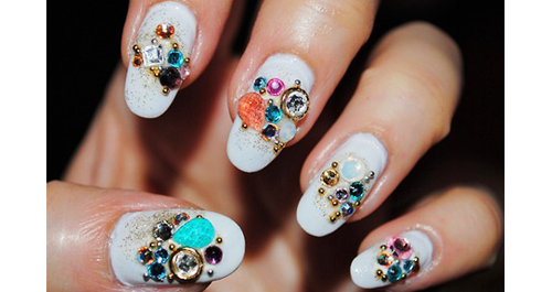 Seems like ages since me & @_lefashion_  hit  Valley  for our holiday nail extravaganza … it might be Spring nail 'do time.