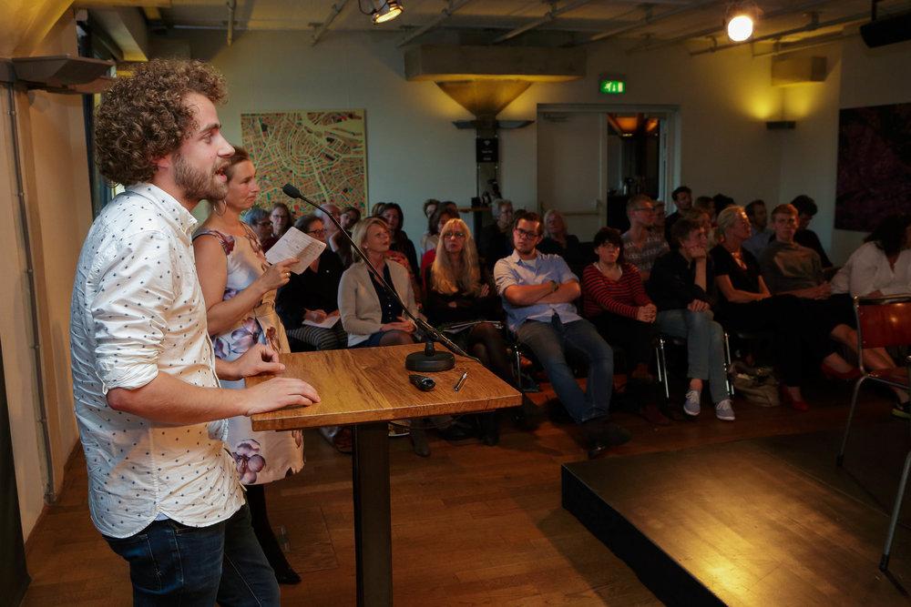 Rik Moonen , stadstrainer Rotterdam: 'Leg de verantwoordelijkheid voor hun leven weer bij de ouderen zelf'.