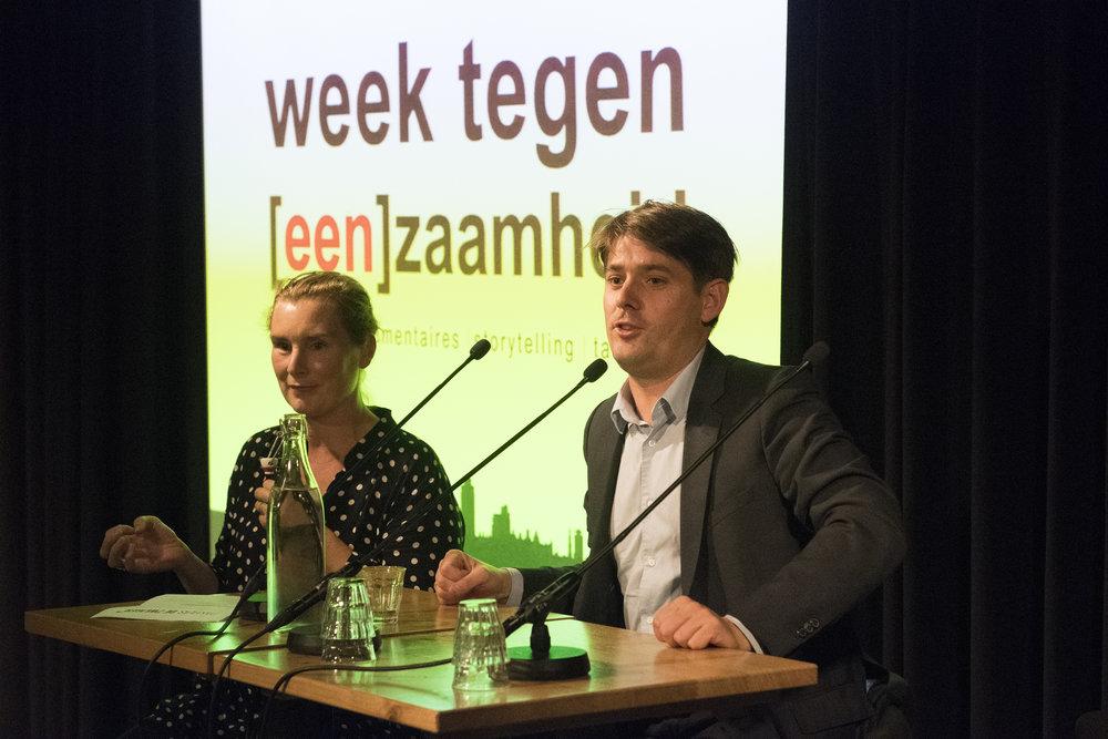 Arjan Vliegenthart, wethouder Werk, Inkomen en Participatie van de gemeente Amsterdam naast Natasja van den Berg