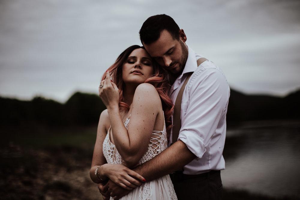 lovelybonesstudio_elopement-4.jpg