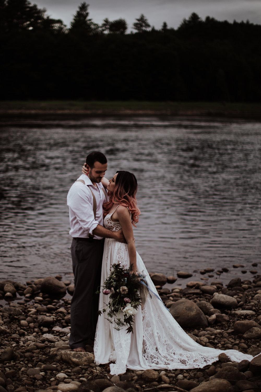 lovelybonesstudio_bridalphotography-13.jpg