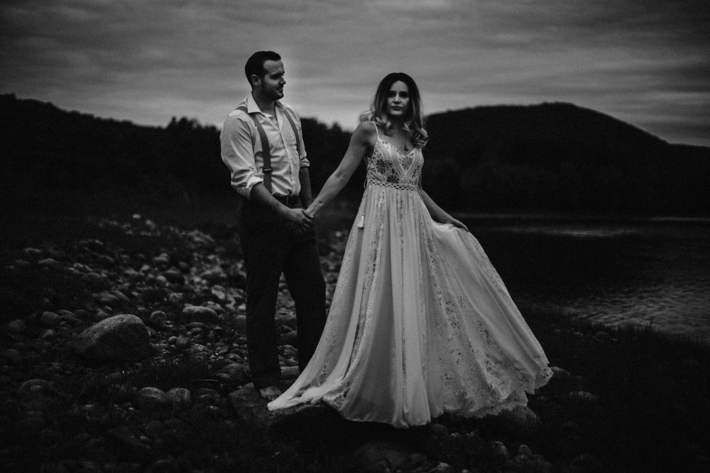lovelybonesstudio_bridalphotography-20.jpg