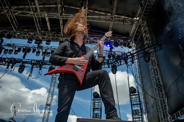 Oli will be missed , been looking for these photos since i found out he died shot these at Fort Rock god is making one badass band in heaven #heaven #badass #guitargod #legend #atr #allthatremains #oliherbert #oli #edm #edmlifestyle #fortrock #florida #siriusxm #remember #missyou #bestofthebest #jacksonguitars