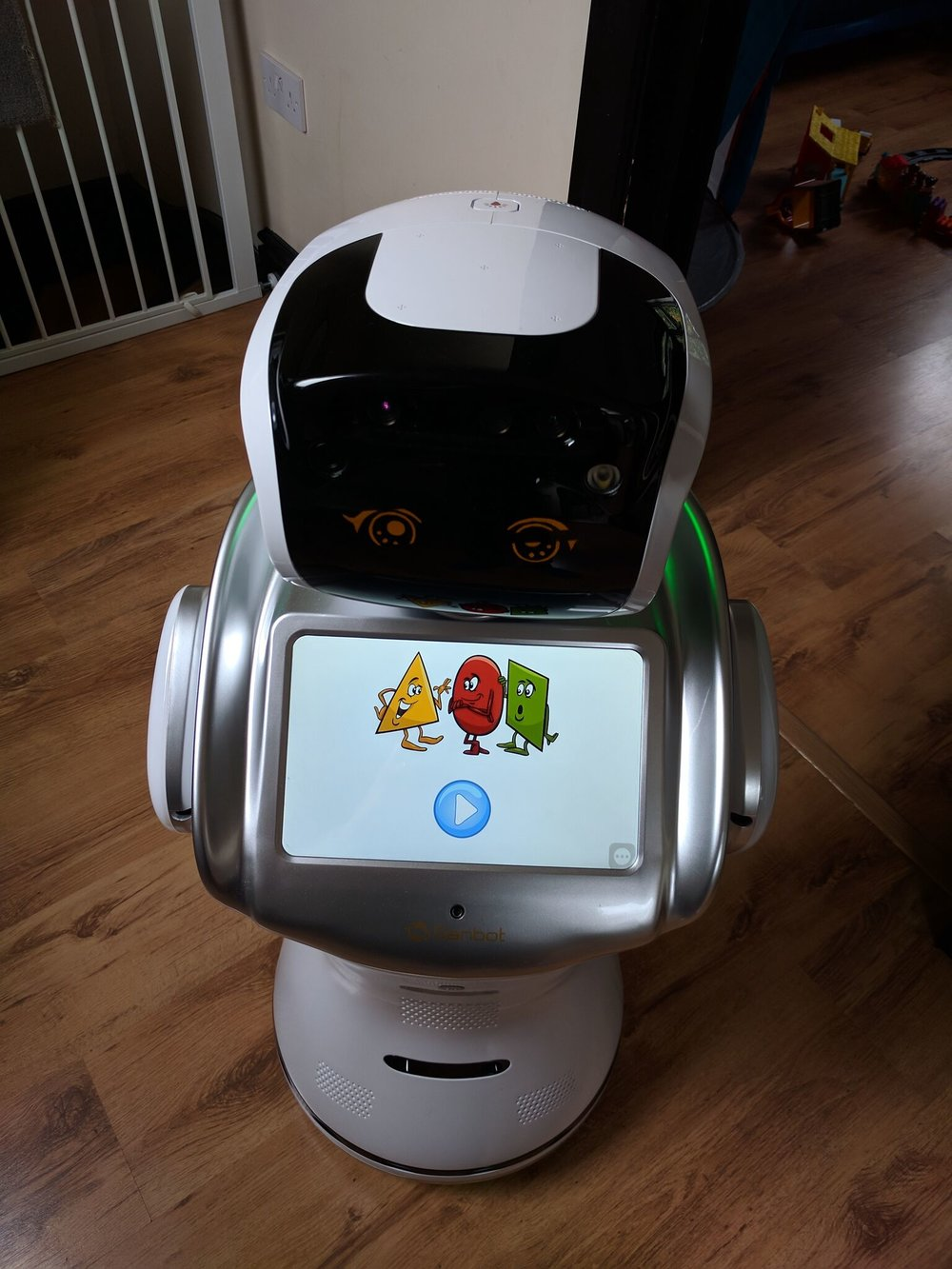 Learn ABC With Sanbot