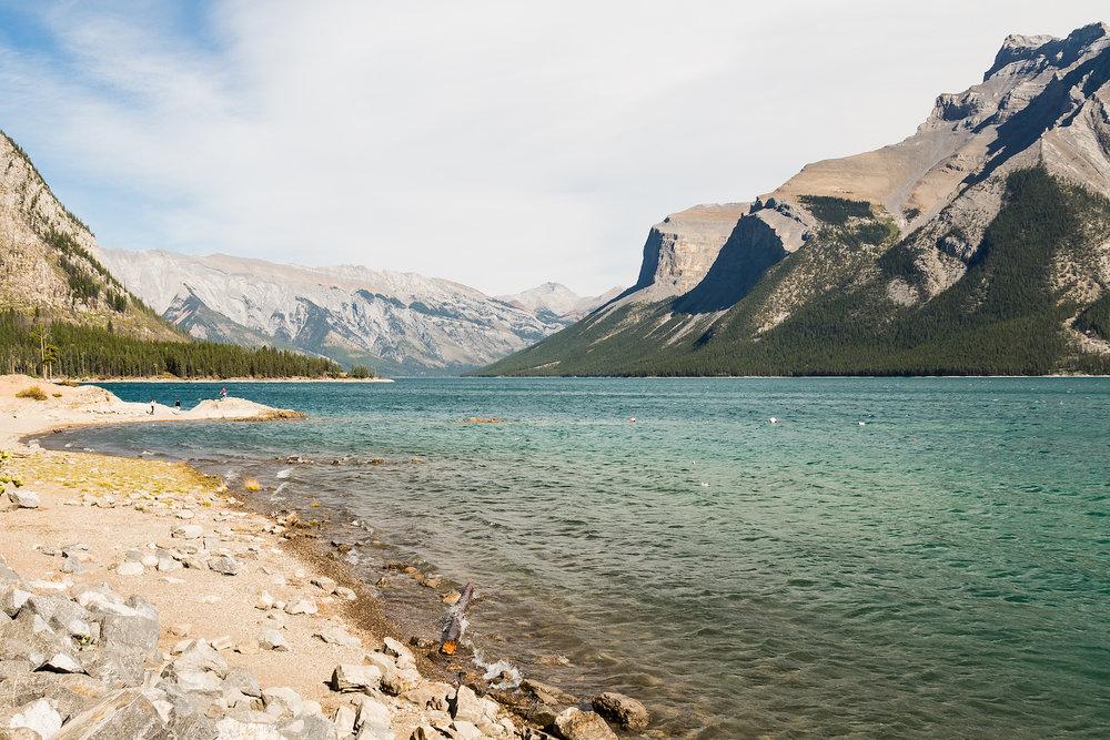 Banff Lake Minnewanka A1.jpg