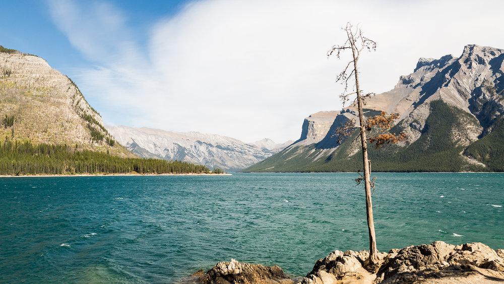 Banff Lake Minnewanka C1.jpg