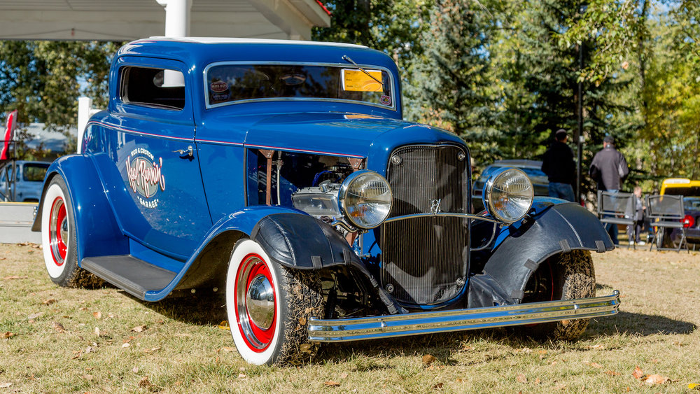 1932 Ford Custom 21.jpg