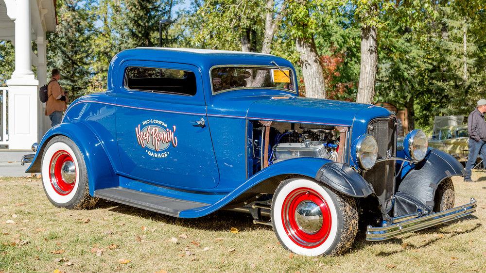 1932 Ford Custom1.jpg