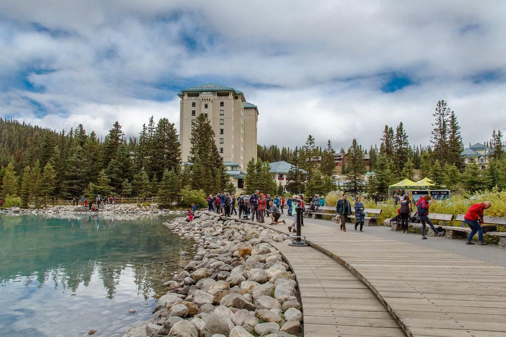 Lake Louise Crowds1.jpg