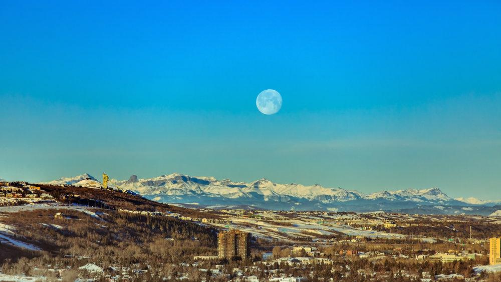 Mountains & Moon Jan320181.jpg