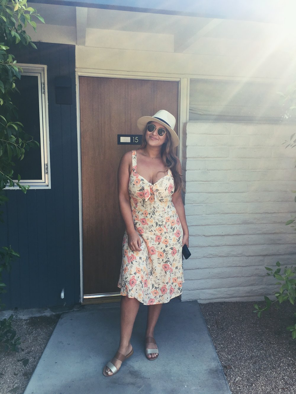 90-100 degree temps everyday means nothing but sundresses, sandals and lots of hats and sunnies