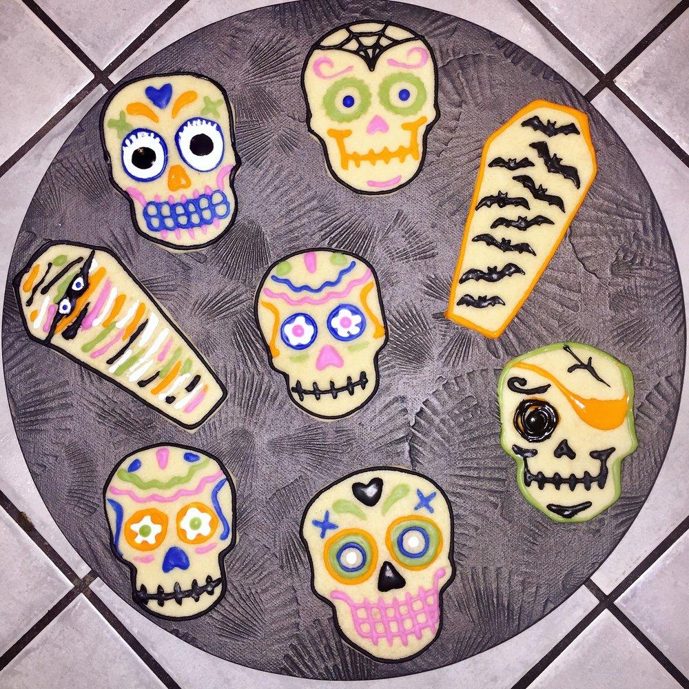 Halloween skull cookies.JPG