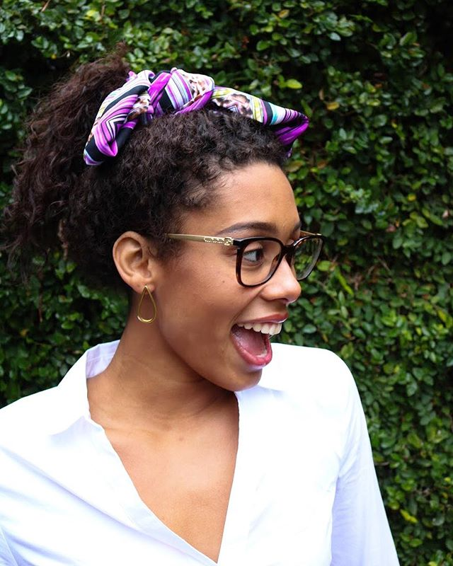 Did you know you can also wear our Sitota Scaves in your hair? Check out this super cute ponytail accent! To purchase this beautiful purple scarf visit the link in our bio 💟 #giftsforconfidence #locallysourcedfabrics